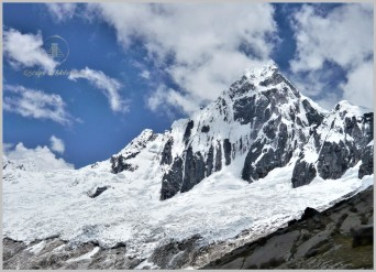 Taulliraju (5,830m) - Cordillera Blanca, Andes, Peru